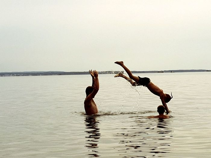 Whit The Family ♥ Warm Day Last Day Of The Semester Vänern, Sweden Love The Water Water Swimming Togetherness Lake Sky