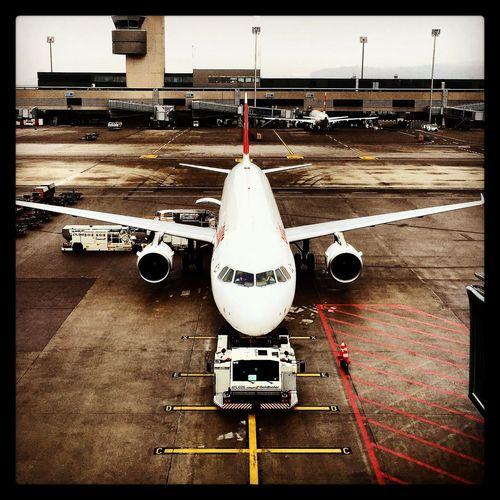 Flughafen Zürich Swiss Hello World