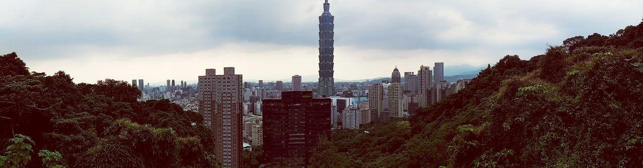 Enjoying Life Nice Views Share Your Adventure On A Hike Mountain Goat Great Views Urban Landscape Taipei 101 Skyscraper