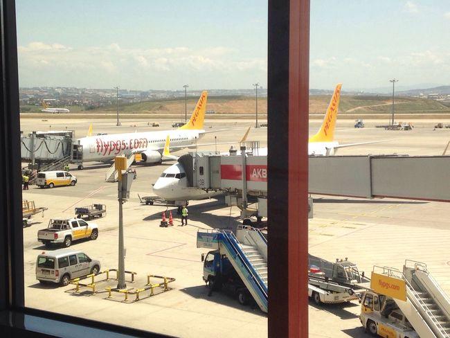 Hello World Enjoying Life First Eyeem Photo Iphonephotography Happydays😎 Fly Istanbul Turkiye