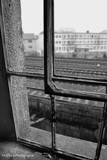 Taking Photos Check This Out EyeEm Best Shots Eyemphotography Urbexphotography Lostplaces Old Urbex Windowlovers