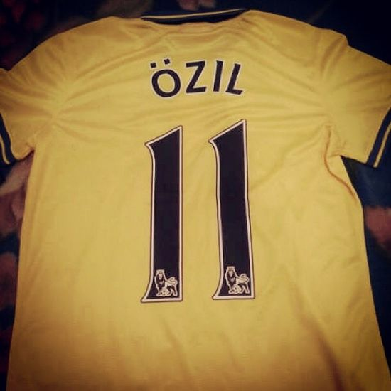 Number 11. Gets me every time. Özil German Arsenal Yaaayaagunnersyaa