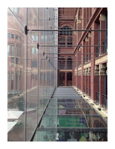 Dedans dehors Barcelona Architecture Building Exterior Window Built Structure Reflection Day No People