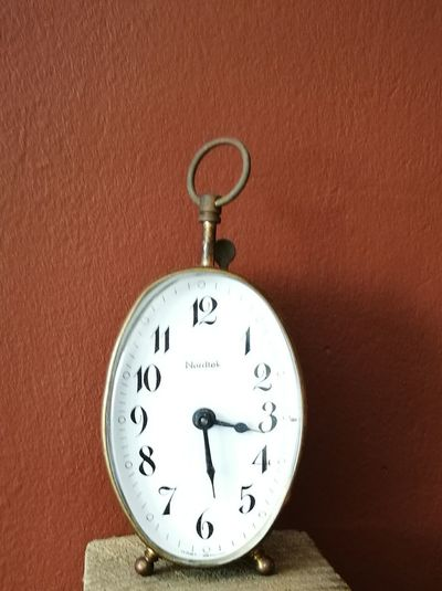 Mis relojes antiguos Minute Hand Antiguos Close-up Clock Face First Eyeem Photo Pocket Watch