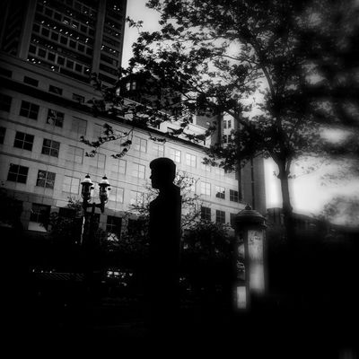 Streetphotography Blackandwhite Mobile Love AMPt - Shoot Or Die