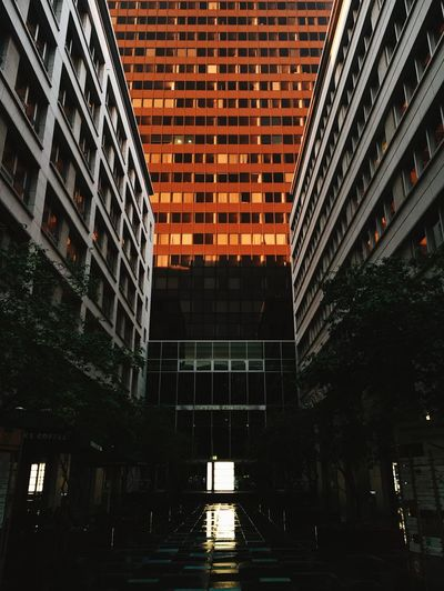 Architecture Berlin Business City Lowlight Building Exterior Built Structure Courtyard  Dusk Evening Illuminated Light And Shadow Office Building Sunset Windows