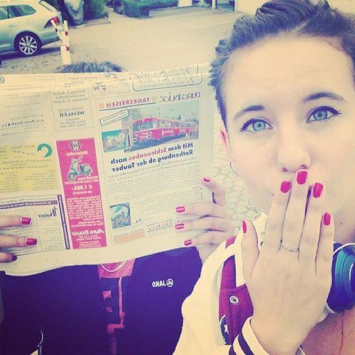zeitungaustrageeen. I hate this -.- :D @iamafluffypanda Friend Friends Friendship Zeitungaustragen rainhate