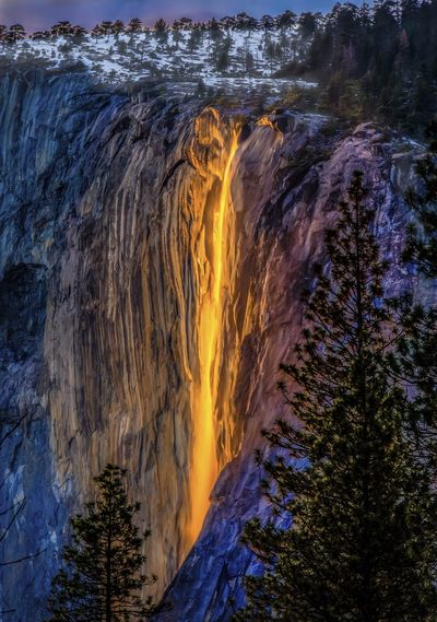 Firefall Flowing Water Yosemite, California Yosemite National Park Horsetail Fall In Yosemite Waterfall Glowing Water Glowing Waterfall Natural Phenomenon 43 Golden Moments Whatwhowhere Perspectives On Nature