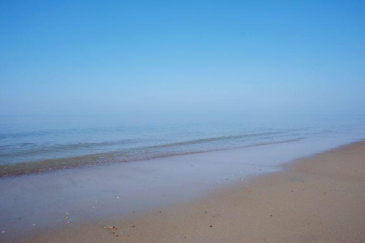 Ocean Sea Beach Water Horizon Over Water Beauty In Nature Scenics Tranquility Tranquil Scene Shore Wave Clear Sky Sky Fog Hazy  Beachscape Nikon Full Frame Nikond750 Landscape