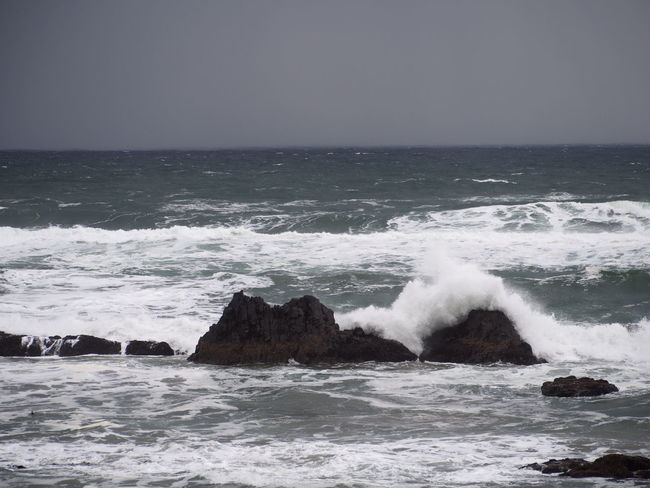 Beach Rocks Waves Beauty In Nature Gray Horizon Over Water Nature Outdoors Power In Nature Sea Storm Water Wave