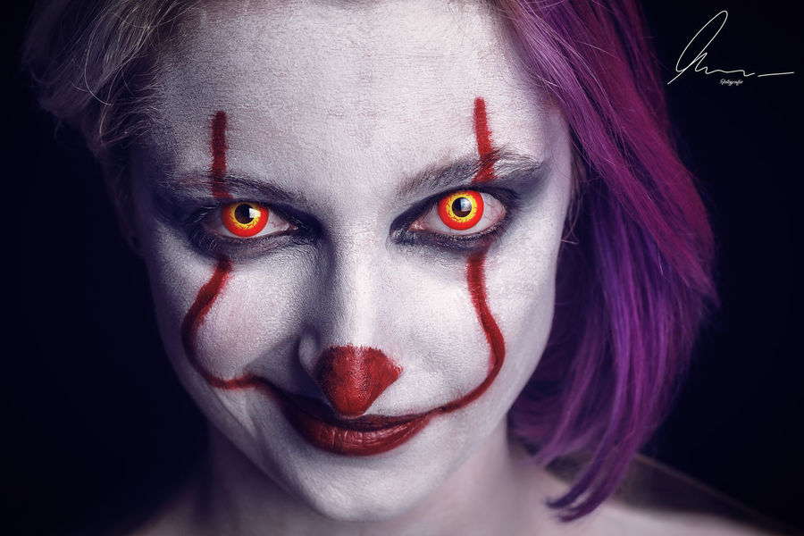 Pennywise Woman Woman Portrait Portait Photography Portrait Of A Woman Murarfotografie Portrait Art Portrait Artist Photoshop Adobe Makeup Horror Photography Horror Portrait Horror Makeup Germany Halloween Black Background Young Women Portrait Beauty Females Looking At Camera Women Human Face Clown Evil Circus Hell Horror Face Paint Mime