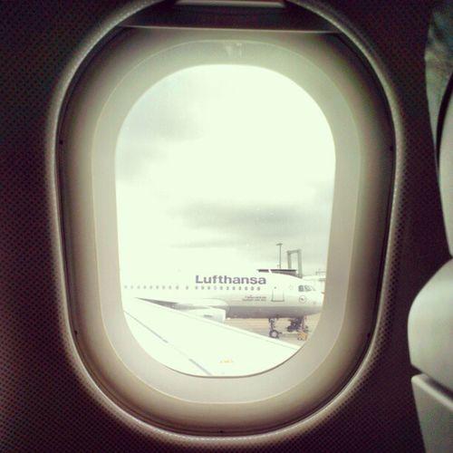 Leaving London. #UpInTheAir #FlyingMUC #Not10C Upintheair Not10c Flyingmuc