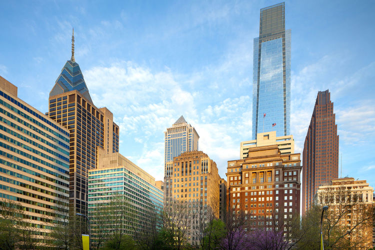 Skyline of modern buildings at downtown from rittenhouse square, philadelphia, pennsylvania, usa