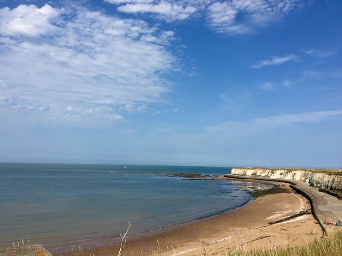 Thanet Coast beach Water Sea Sky Horizon Scenics - Nature Beach Horizon Over Water Land Beauty In Nature Cloud - Sky Nature Tranquility Day Tranquil Scene Blue No People Outdoors Idyllic