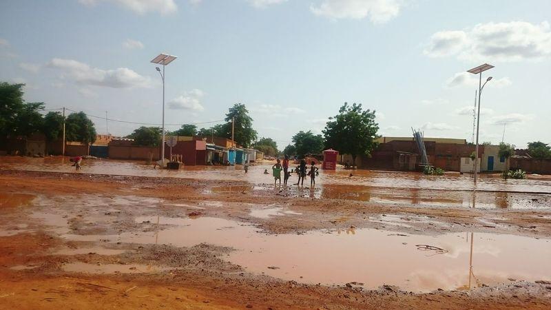 Boulevard Tanimoune _ Pendant l'hivernage. Boulevard Tanimoune Sustainable Development Infrastructure Africa Solar Panel Xperiaz2photography Water Outdoors Niamey Niger NiameyNiala Niger RainingSeason WestAfrica Flood