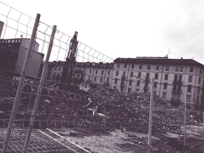 Macerie Milan Milano City Prison Sky Razor Wire Destruction Decline Broken Demolished EyeEmNewHere