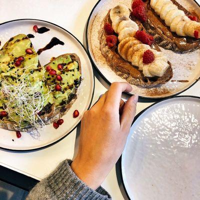 Sharing Food Vegan Food Vegan Vegan Brunch Vegan Breakfast Food Food And Drink Human Hand Freshness One Person Hand Plate