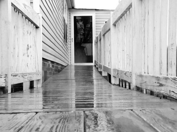 Rain B&w Deck Wet Water Door House Hello World Check This Out World