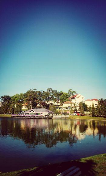 Lake Hồ Xuân Hương Holiday