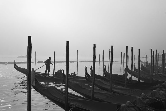 Bnw Cultures Fog Foggy Day Gondola Gondola - Traditional Boat Gondolier Lagoon Monochrome Monocrome Photography Nature Outdoors Sea Sky Tourism Tranquil Scene Travel Destinations Venice Water