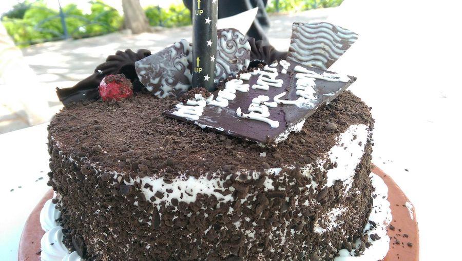 ShareTheMeal@birthday cake