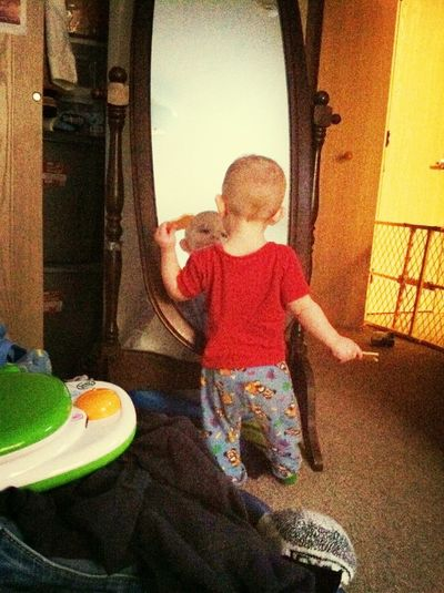 Chandler checking himself out in the mirror:)