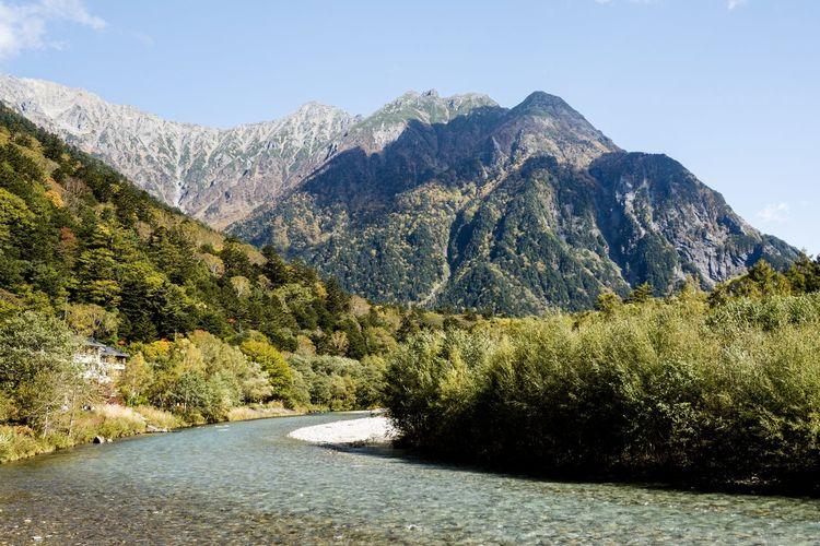 明神岳 Mountain