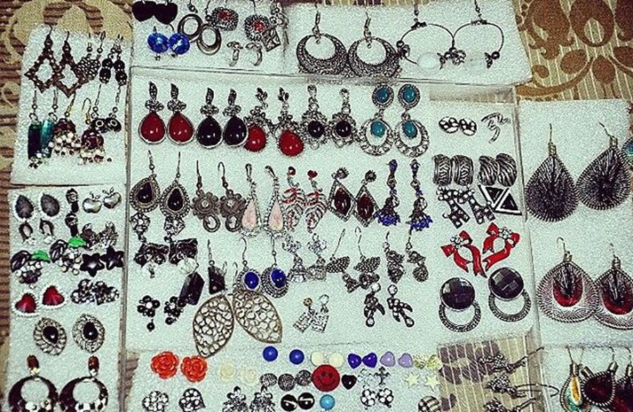 My collection once upon a time..my treasure ;-) Sushamita MyClick Girlslove Accesorios Earrings Colourful Adornment Girlaccesories Photpgraphy Photographs Photographer Artificialjewellery