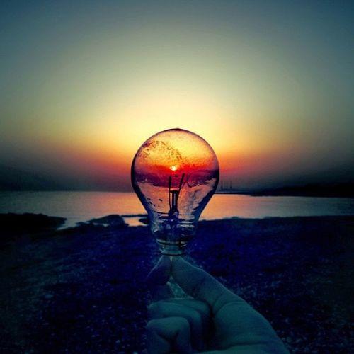 Good Evening everyone Evening Iphonesia Siluit Lamp razr beach