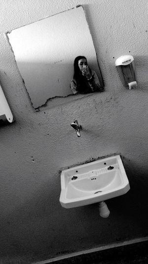 Alone Always Picture Relaxing Background Photography Broken Mirror School Bathroom