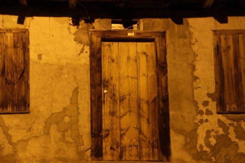 Door Night Canon Vintage