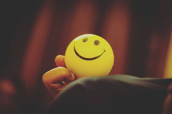 Keep smiling. Life is too short to crib.A smile a day brings positive energy and vibes. Smile gracefully. Phodus_competition Random Vscocam VSCO Nikonindiaofficial Nikon Ig_captures Ig_bangalore Ig_worldclub Smile Smiley Life Love Live Letitgo Ig__smileyoung Smiles Smiley Smiler Positive Energy Smileyball 👌👌👌👌