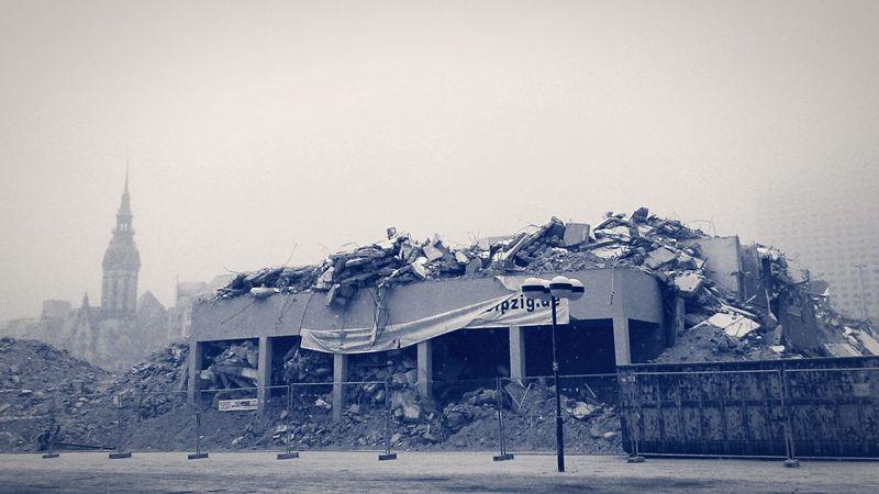 Leipzig Leipzig Ruins Destroyed Urban Urbanphotography Sachsen Blackandwhite Black And White Building Religion