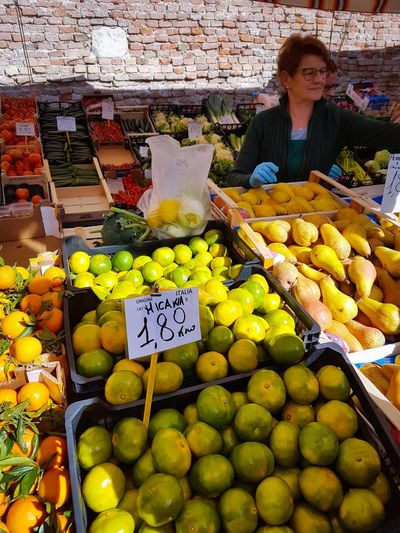 Market Fruit Retail  Market Stall Healthy Eating For Sale Freshness Variation Food And Drink Large Group Of Objects Outdoors Abundance Choice Price Tag Business