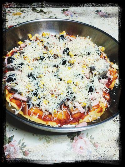 Preparation ... Pizza