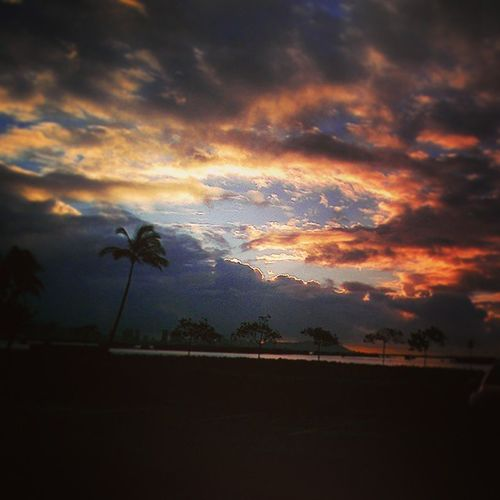 Heaven's opening Latepost Sunrise GodIsAmazing Fedexdayz Lagoondrive