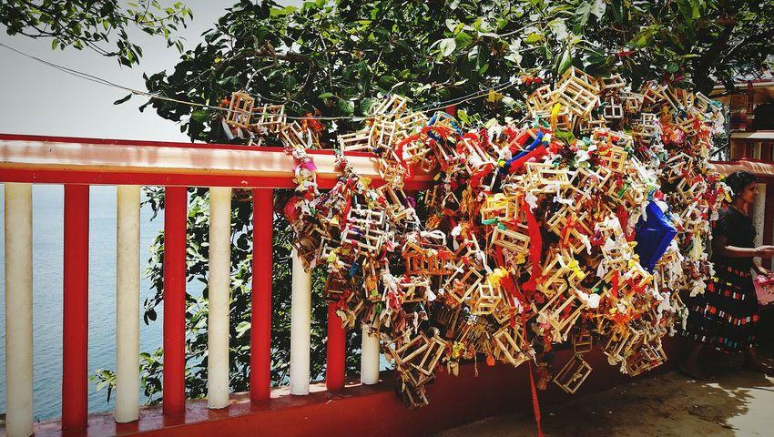 Tree Make A Wish Hindu Wish Tree Temple Indian Temple Sri Lanka Colour Of Life Eat Pray Love By The Ocean