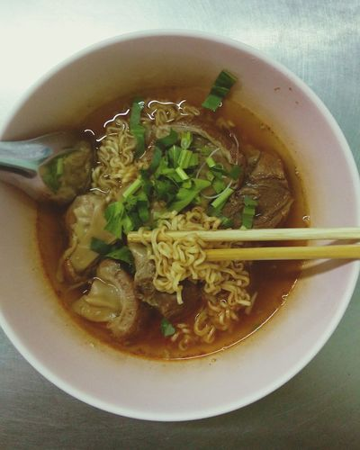 Don't underestimate the power of instant noodles.Noodles Sweating It Out Thai Food Foodgasm Foods Foodphotography Asian Culture Bangkok