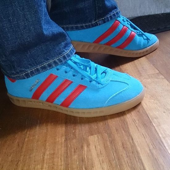 Love the colours of Todayspurchase Adidashamburg Adidas Thebrandwiththethreestripes Adidastrefoil Trefoilonmyfeet Ramon085 Todaysbargain