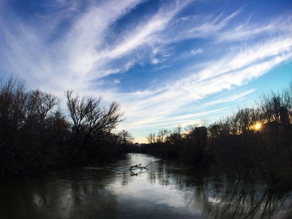 The beautiful and flooded Campión Trial. Campión Trial Las Colinas  Dallas Texas Nature Sunset Skyporn Irvingtx