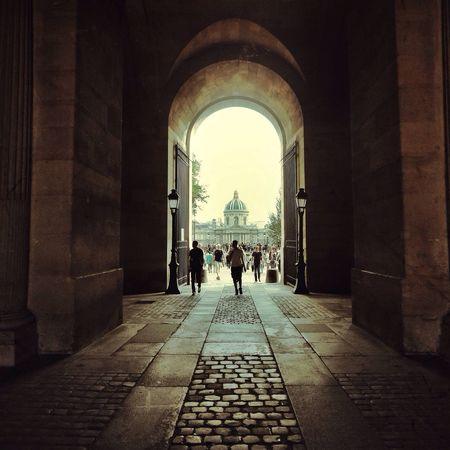 Bonjour Paris Streetphoto_color Walking Around Taking Photos