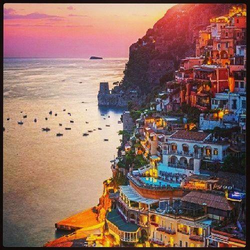 Tuttomoltobello . Italy Paradise Ognipaesaggioeunostatodanimo !!! buonaserata gente