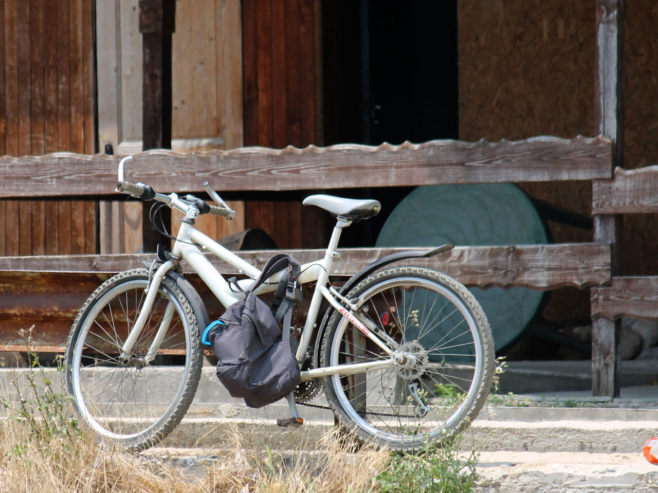 transportation, bicycle, mode of transport, land vehicle, stationary, wheel, outdoors, day, no people, architecture, building exterior