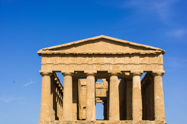 Agrigento Agrigento Sicily Agrigento Temple Agrigento, Sicily Antique Greek Sicily Sicily, Italy Agrigento Temples Valley Clessical Greece Ruin Ruins Architecture Ruins_photography Sicily Landscape Sicily,italy Sicilysummer Temple Temple - Building Temple Architecture