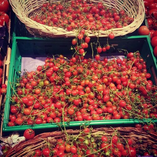 Tomato Cherry Tomatoes Market bazaar shopping mall instagram igers jj instamood instagood instahub instagram