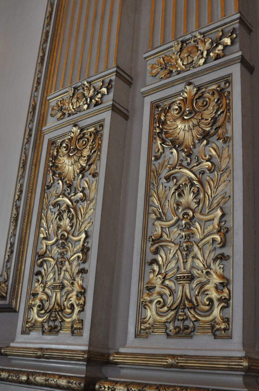 architecture, no people, built structure, craft, building exterior, carving - craft product, pattern, history, art and craft, the past, building, entrance, day, door, ornate, creativity, low angle view, design, place of worship, religion, gilded, floral pattern, carving