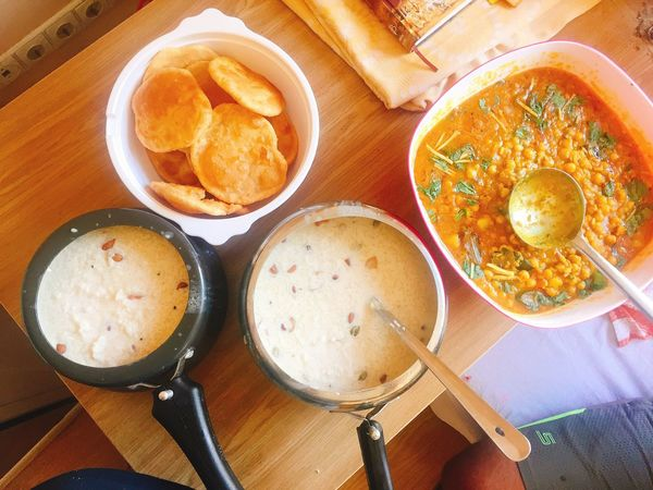 Table Food High Angle View Freshness Ready-to-eat Indoors  Serving Size IPhoneography Lithuania India Festival Spicy Food Chhole Poori Kheer yummy 😋