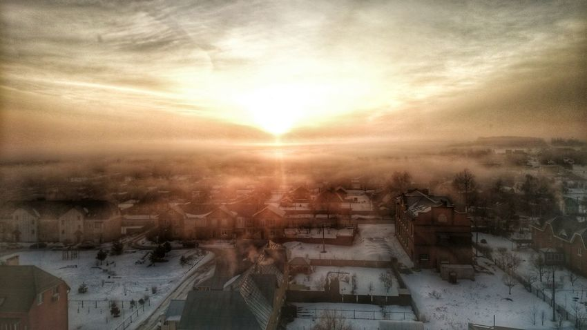This Morning Taking Photos Check This Out Hello World Eeyem Photography March Sunrise Buldings City Amazing Fantastic Mystic привет мир утром здания город восход солнце☀ март магический фантастика мистика
