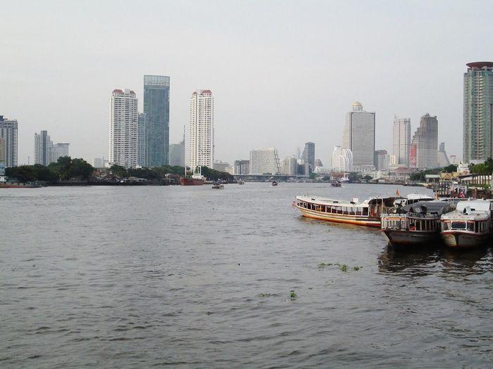 Sawasdee World. ,Enjoy The River, Silhouettes Of A City Chao Phaya River Thailand_allshots Taking Photos .