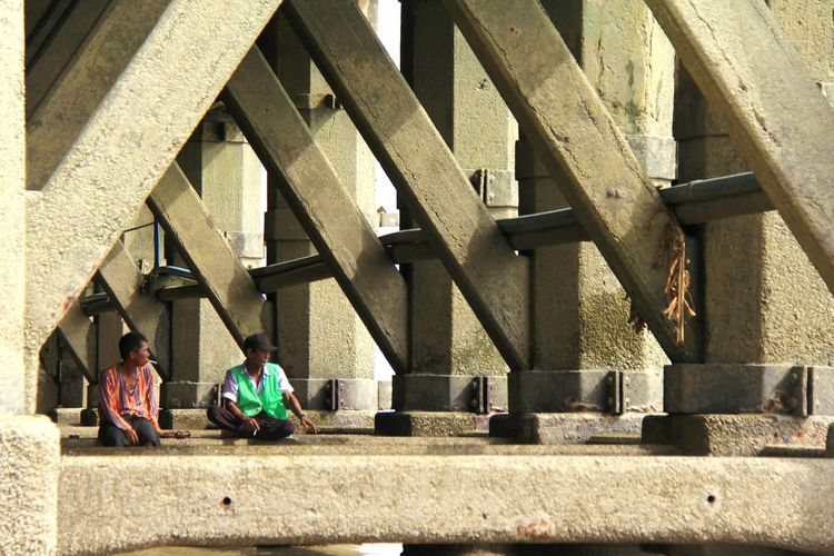 Built Structure Architecture Connection Real People Transportation Bridge Bridge - Man Made Structure Day Sunlight Sitting Women Two People Lifestyles People Adult Men Outdoors Nature Staircase City Yangon, Myanmar
